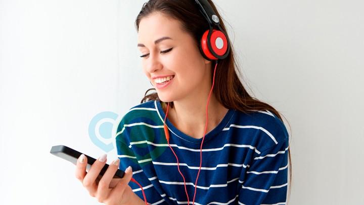 ouvir música no celular